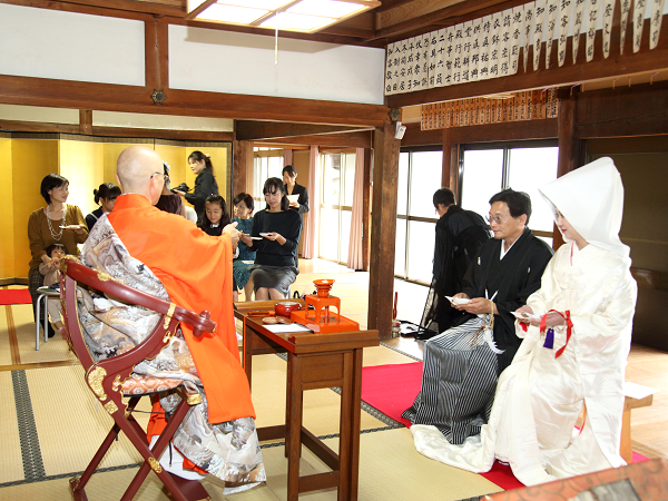 佛式結婚式
